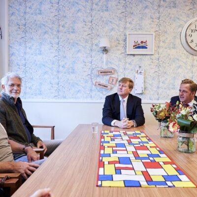 Bezoek Koning tijdens Destinguished Visitors Day Lowland Granade