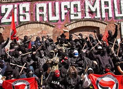 nazis-aufsmaul