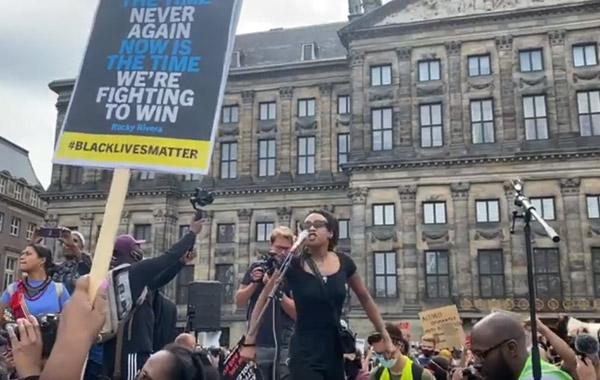 black-lives-matter-demonstreerde-op-1-juni-op-de-dam-in-amsterdam