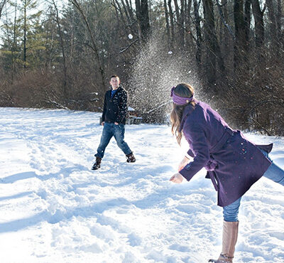 snowball-fight-578445_1920-1500x1000
