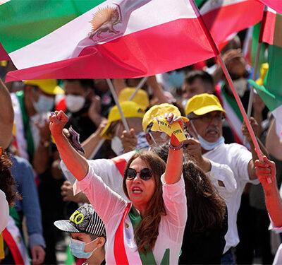 demonstratie-tegen-het-iraanse-regiem-in-hamburg
