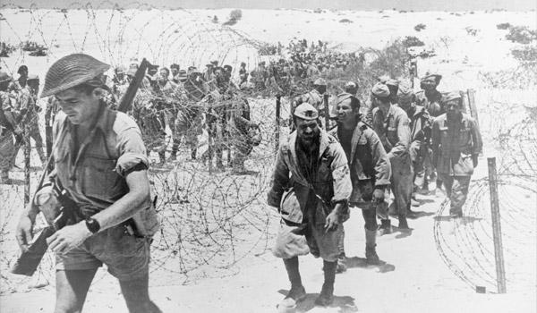 italiaanse-krijgsgevangenen-el-alamein-1942